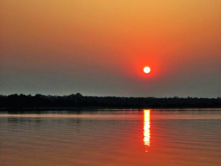 The Setting Sun by Sudipto Sarkar on Visioplanet