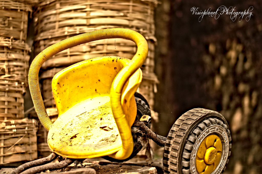 The ancient scooter by Sudipto Sarkar on Visioplanet Photography